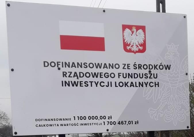 tablica na kanalizację Karchów.jpeg